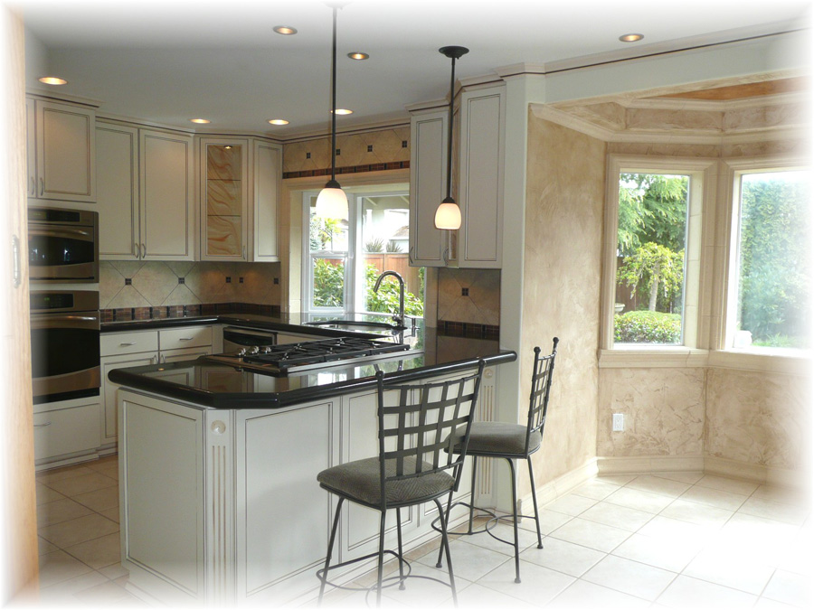 I-dining-room-kitchen-view-picture9-taken-by-Tony-Guerra-copy