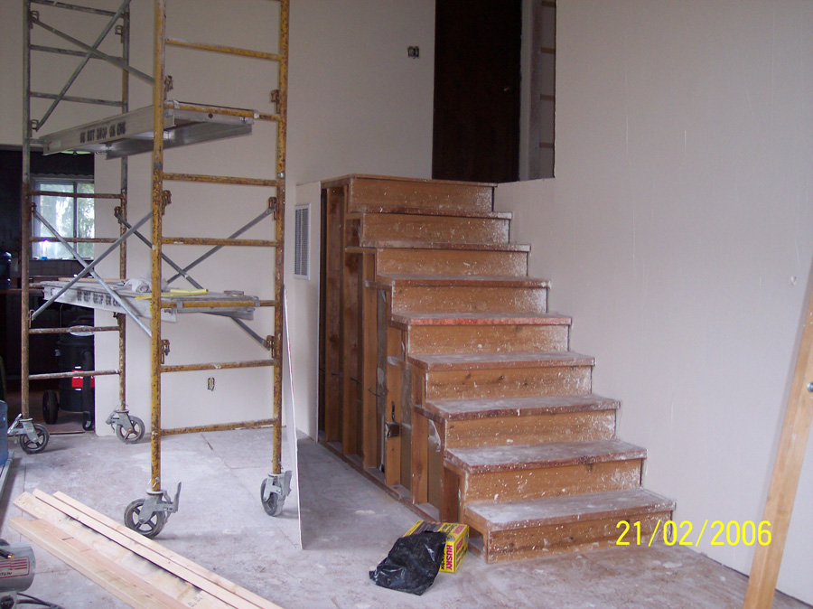 stairs-remodel-before
